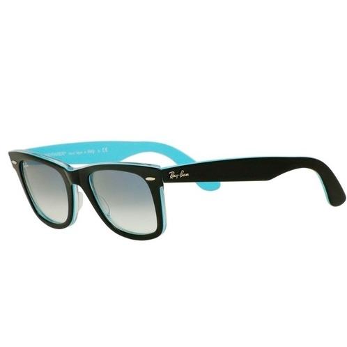 3c3559f01 Originál Wayfarer slnečné okuliare v modernom farebnom prevededí. Farba  rámu je z vonkajšej strany čierna a z vnútornej azúrova.